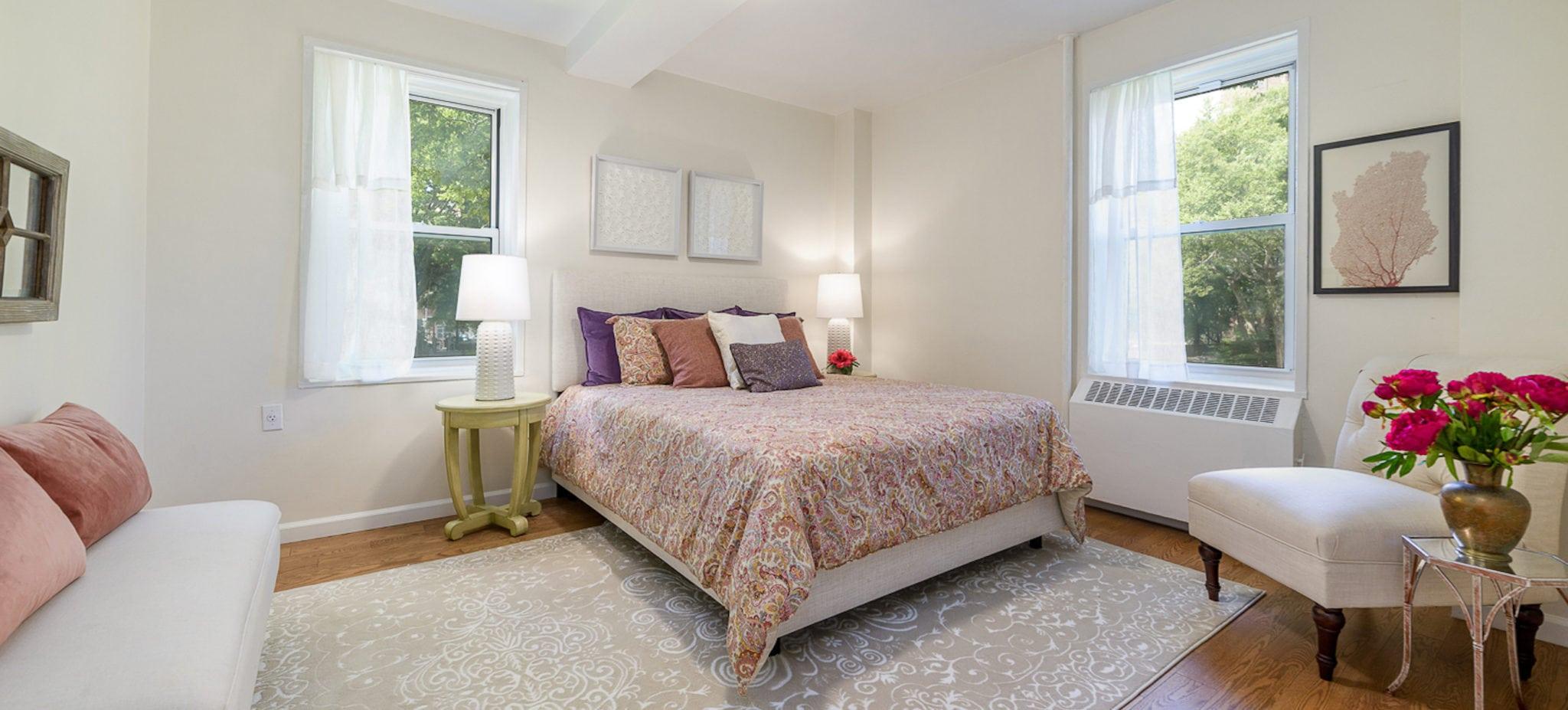 Riverton Square Bedroom